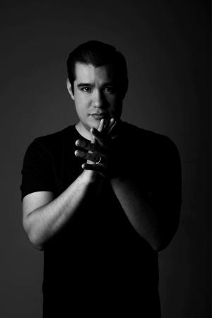 Alejandro Aguilar Manos